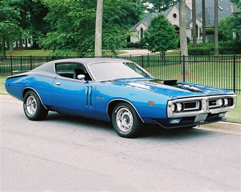 1971 Dodge Charger R/T 440  . 1971 Plymouth Cuda 440 6