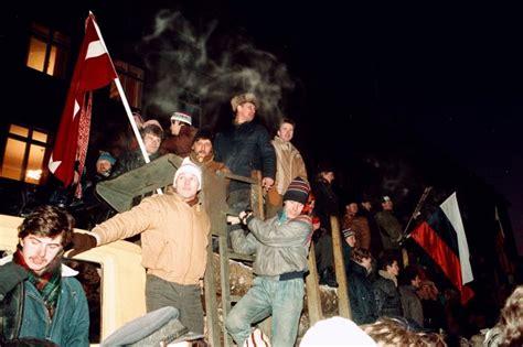 Tās 1991.gada barikāžu gaišās naktis « Noziegumi pret cilvēci