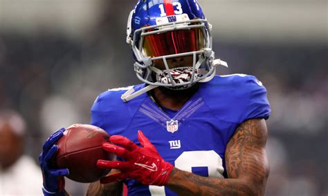 odell beckham jrs latest cleats feature cheesehead
