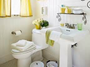 decorating small bathroom ideas decorate your small bathroom wechengdu org