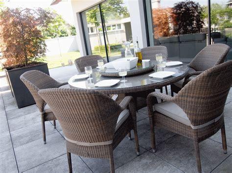 table de jardin bistrot ronde plateau en verre tremp 233 sussex en r 233 sine tress 233 e