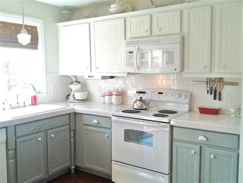 white kitchen cabinets with white appliances what color to paint kitchen cabinets with white appliances