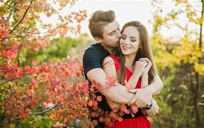 Couple Romance Loving Nature Leaves Autumn Wallpapers13