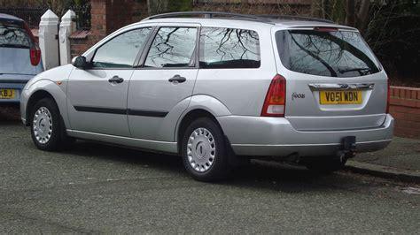 ford focus lx sedan  manual