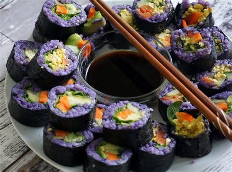 sushi vegano lindo colorido  ingredientes simples   voce pode fazer hoje vegan colors
