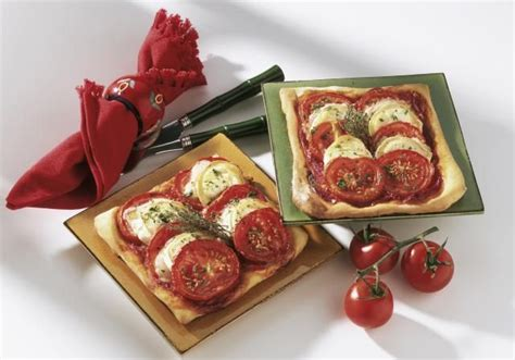 Potatoe goat cheese torte : Classic French Goat Cheese and Tomato Tart   Recipe   Tart recipes, Tomato tart, Recipes
