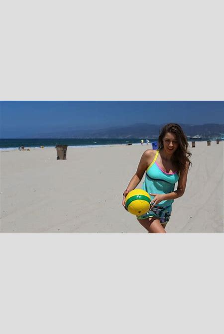 Getting in the spirit of the World Cup....Brazilian Style! - Joie de Jude