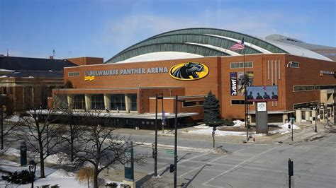 uwm sandburg front desk uw milwaukee panther arena availability could snag