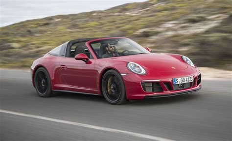 Porsche 911 Photo by 2017 Porsche 911 Gts Drive Review Car And Driver