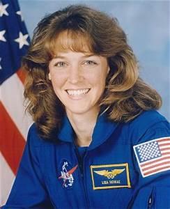Lisa Marie Nowak Astronaut - Pics about space