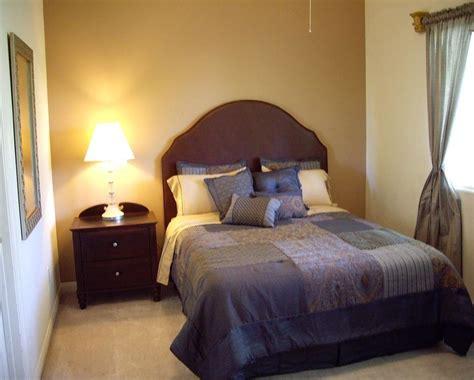 furniture ideas  small bedroom bedroom wall decorating