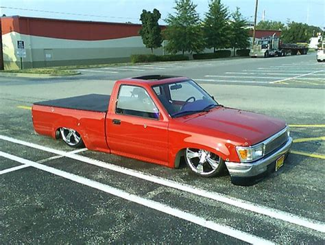 lowered trucks what 39 s the point of a lowered truck autosavant autosavant
