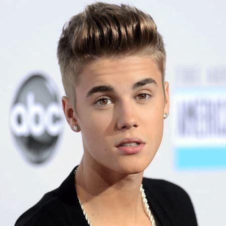 Justin Bieber Bio, Fact   married, spouse, net worth, affair