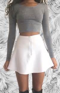 Long Skirt and Crop Top Outfits