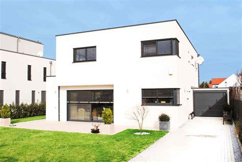 Moderne Energieeffiziente Häuser by Haus 183 F Meinhaus Bau Gmbh