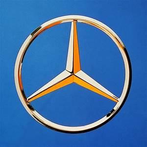 Mercedes Benz Emblem : mercedes benz logo tumblr ~ Jslefanu.com Haus und Dekorationen