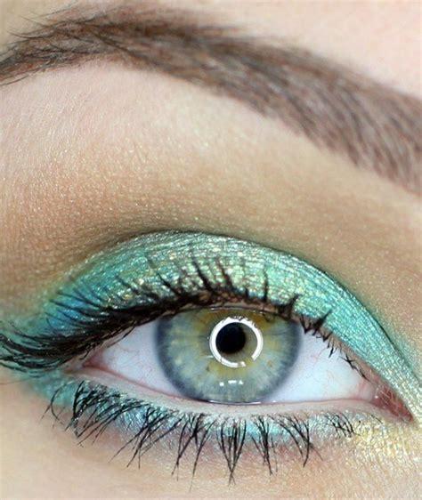 braune augen schminken natürlich blau turkise augen