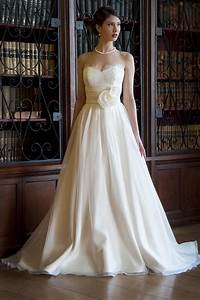 Charlotte balbier wedding dresses wedding days of cheltenham for Ross wedding dresses