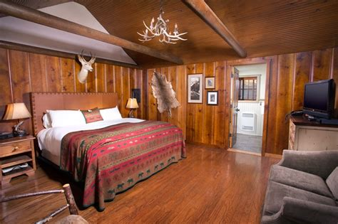 Knotty Pine Cottages at Big Cedar Lodge http://www