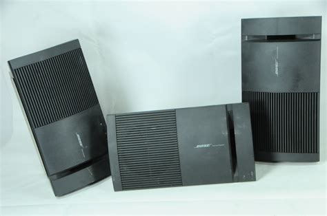 bose surround speakers 2 bose surround speakers and 1 bose speaker model v