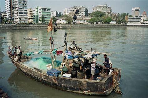 Fishing Boat Engines India by Fishing Boat In Mumbai India Travel Forum Indiamike
