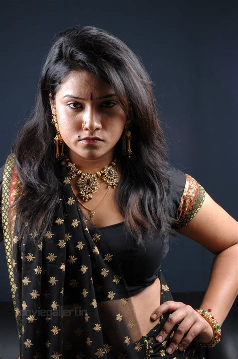 tamil actress jyothi meena photos movie masala blog jan 17 2011