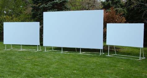 outdoor projector screen   outdoor
