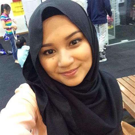 Young Asian Teens Hijab Asian Indonesian Muslim Doll Bare 14
