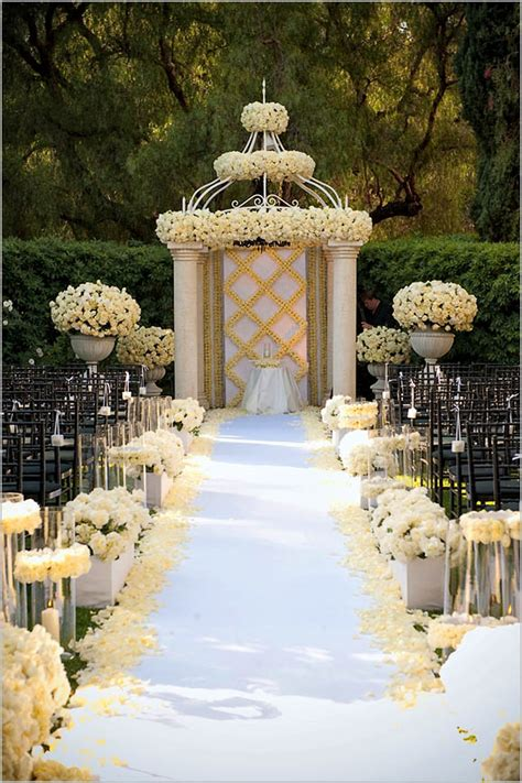 Wedding Decoration Design Ideas by Wedding Decorations Wedding Aisle Decoration Ideas