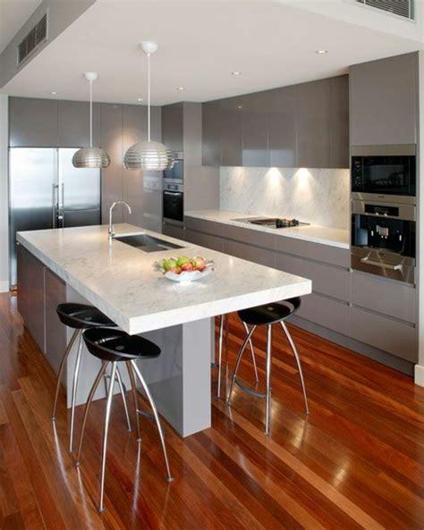 La cuisine u00e9quipu00e9e avec u00eelot central - 66 idu00e9es en photos - Archzine.fr