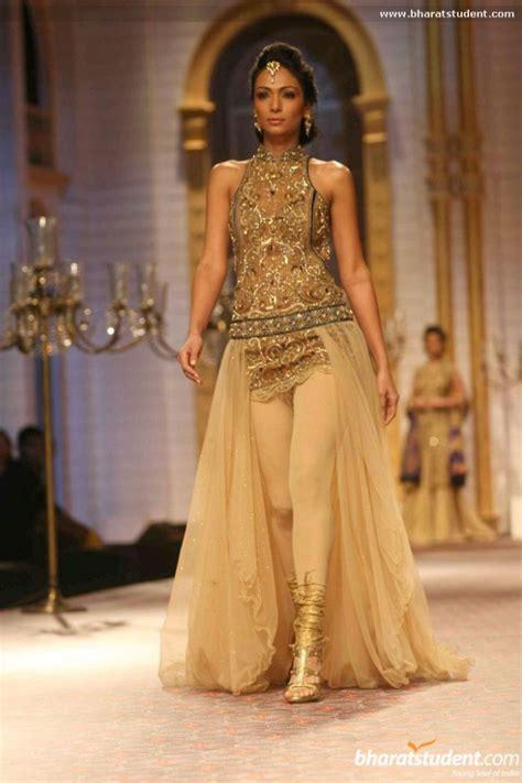 31 Indian Wedding Dresses. Oscar De La Renta Custom Wedding Dress. Satin Silk Wedding Dresses Hereford. Wedding Dresses 2016 Aliexpress. Black Bridesmaid Dresses Melbourne