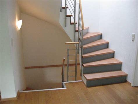 5 stufen auf betontreppe halb gewendelt buchestufen sto 223 grau lack gel 228 nder edelstahl