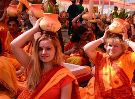 25 Most Stunning Pics Of Maha Kumbh 2013 The Biggest