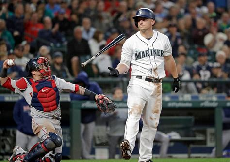 Bogaerts' tiebreaking HR leads Reds Sox past Mariners 2-1 ...