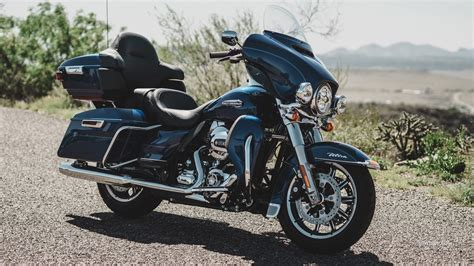 Harley Davidson Glide Wallpaper by Motorcycles Desktop Wallpapers Harley Davidson Touring