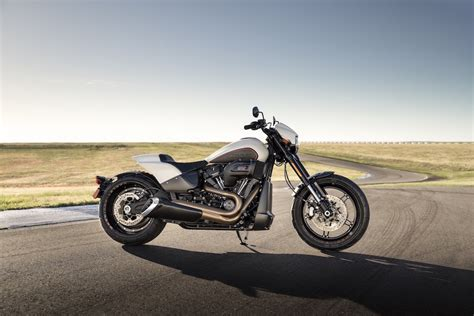 Harley-davidson Launches New Cruiser, Cvo Motorcycles For