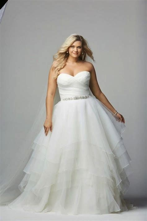Plus Size Wedding Dresses A Simple Guide  Modwedding. Summer Wedding Dresses Guest. Wedding Dress With Tartan. Wedding Dress With Bling Sash. Corset Couture Wedding Dresses. Light Elegant Wedding Dresses. Blush Wedding Dress For Sale Uk. Red White Blue Wedding Dresses. Vintage Wedding Dresses For Sale Melbourne