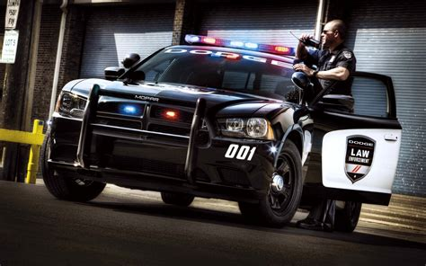Cool Police Car Action Wallpapers HD / Desktop and Mobile Backgrounds