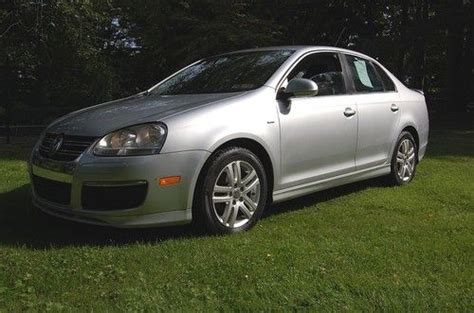 Buy Used Beautiful 2007 Volkswagen Jetta Wolfsburg Edition