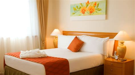 Decorating Ideas For Orange Bedroom by Fabulous Orange Bedroom Decorating Ideas And Designs