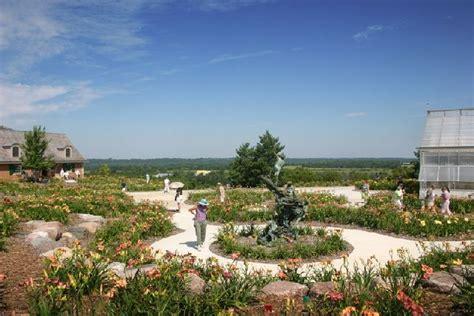 Springwood Gardens by Springwood Gardens