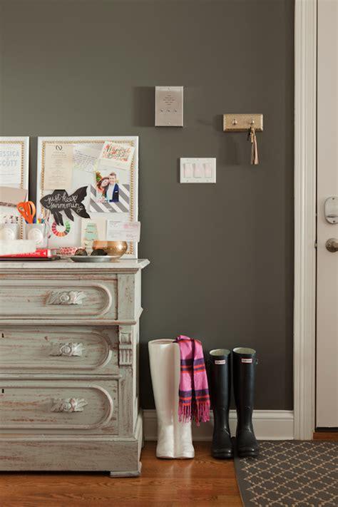 charcoal gray walls design ideas