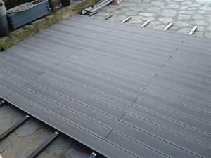 Lame De Terrasse En Composite : lambris bois exterieur sous toiture 12 terrasse en lame ~ Dailycaller-alerts.com Idées de Décoration