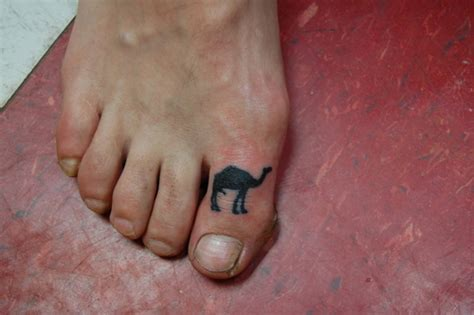 camel toe tattoos designs ideas  meaning tattoos