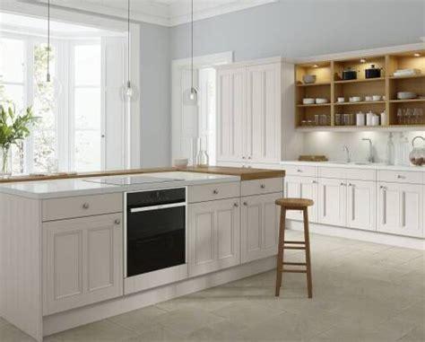 handleless kitchen  pebble kitchen wren kitchen