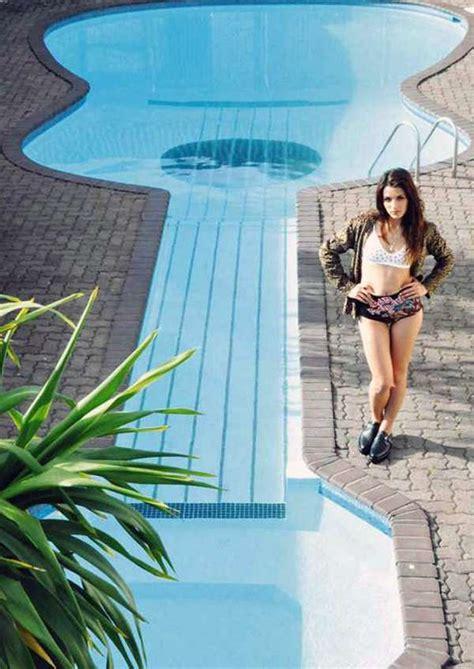 rockin swimming plunges guitar shaped pool