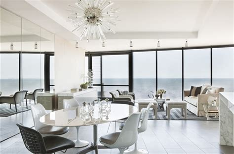 Sparkling Apartment Design by White Lounge Diner