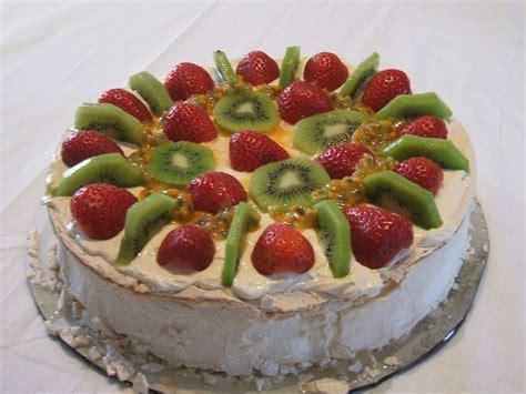 cuisine dessert pavlova food