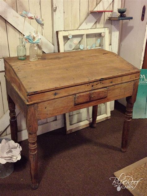 Small Antique Writing Desk by Best 20 Antique Writing Desk Ideas On