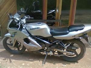 Di Jual Kawasaki Ninja 150 Rr U201903 Silver